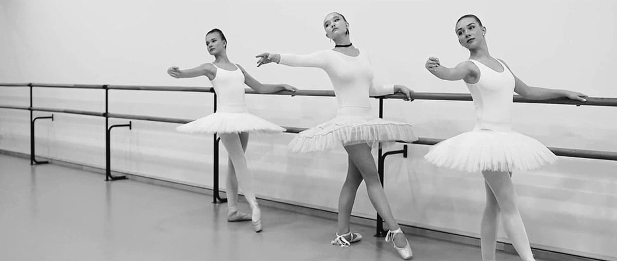 Александра Киселева | Анна и Яна Петропольские | Kenzo World