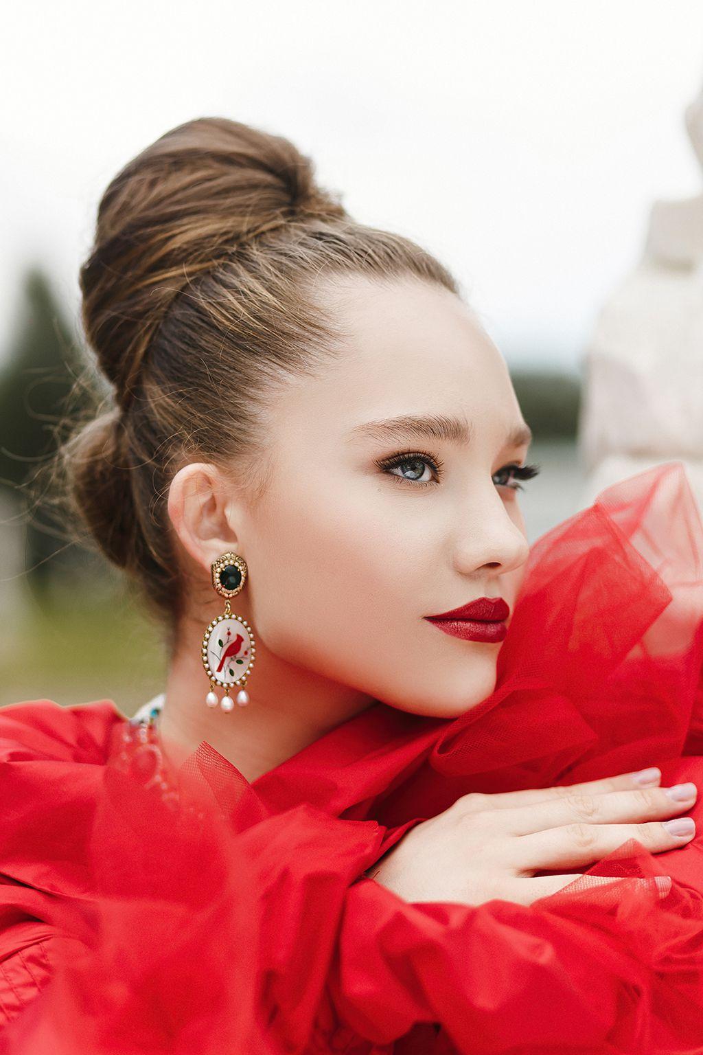 Aleksandra Kiseleva | Queen of roses